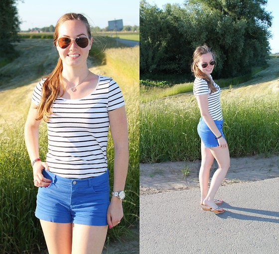 4536690_outfit_is_simple_the_best